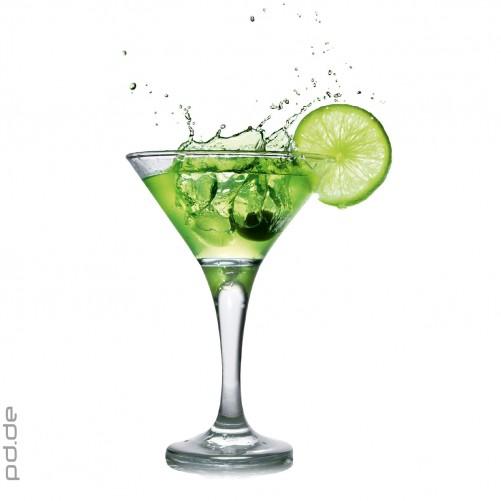 Glasbild Cocktail Glas mit Limetten Scheibe